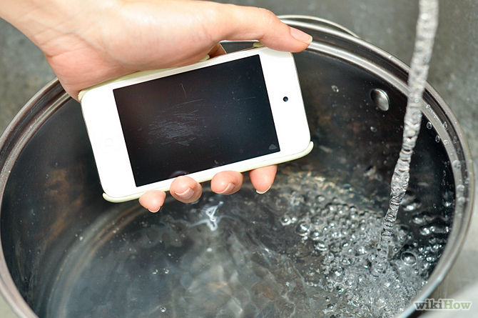 clean iphone screen tips on getting sand dirt and water out of your phone 2519