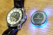 New Sticky Disc Turns Any Watch into a Smart Watch
