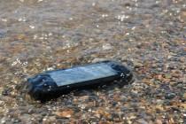 Gadget Matchup:Unlocking Phones VS Factory Unlocked Phones