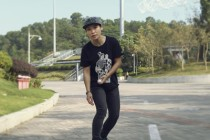 Top Electronic Videos Of The Week: Rethink The Way You Travel With The Maxfind Electronic Skateboard