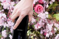 Meiigoo S8 Android Phone, Fitness Tracker Bracelet, And More – Top Electronic Videos Of The Week